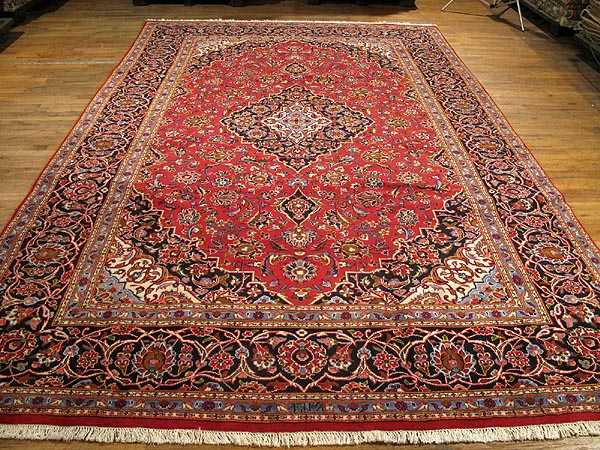 The Elegant Kashan Rug Exemplifies Curvilinear Style Of Persias Best City Carpets Great Carpet Originated In 1600s When Was